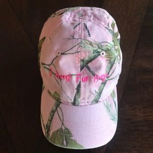 Cabela's pink Camo hat -infant- 'I Hunt for Hugs'